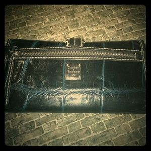Dooney and Bourke black and blue leather wallet!
